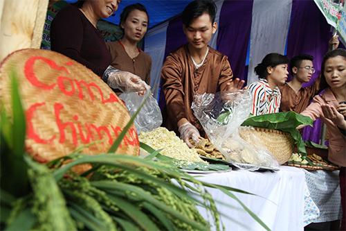 "khong gian cho com ""doc nhat vo nhi"" giua thu do - 3"