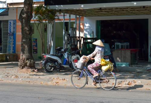 nhung nguoi phu nu nhoc nhan doi nang muu sinh - 7