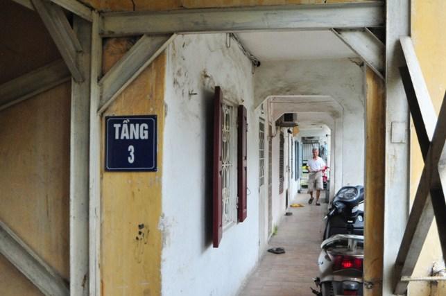 """dan thap thom song o khu tap the """"chong nang"""" giua thu do - 12"""