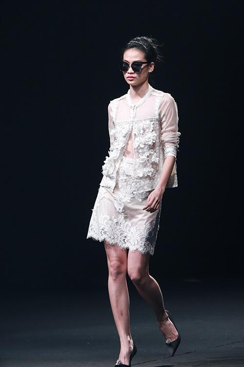 nhung quy co sang chanh cua elle fashion show 2015 - 12