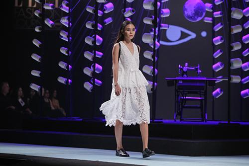 elle fashion show 2015: thoi trang ung dung len ngoi - 1