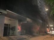 Tin trong nước - HN: Cháy chung cư ở Xa La, nhiều người mắc kẹt