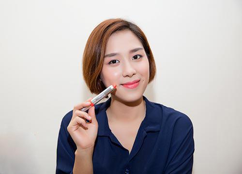 cung blogger phuong loan chon kem nen chuan cho nang cong so - 1