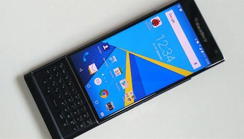 """nhung hinh anh moi """"nong bong tay"""" cua chiec blackberry priv - 2"""