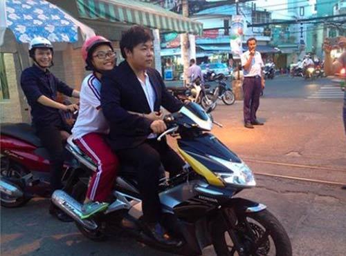 Quang Lê: Ca sĩ nhạc dân gian nhiều thị phi-3