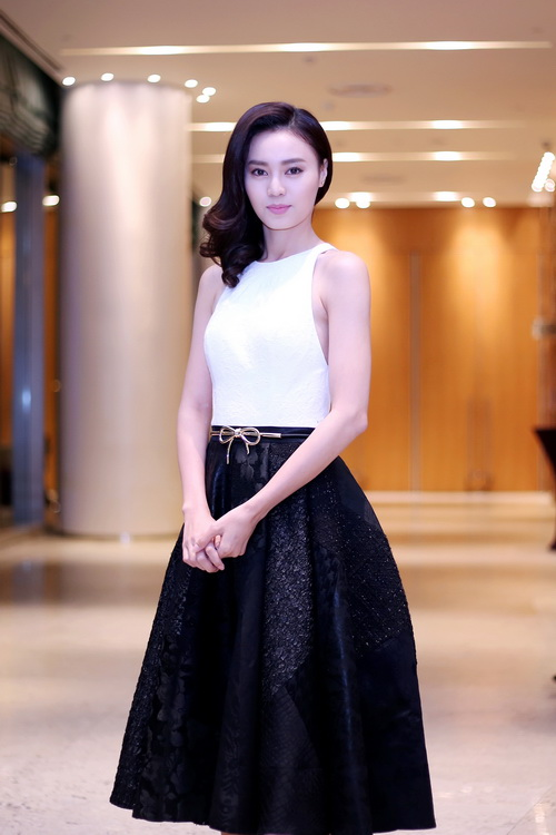 """lan ngoc kho """"lu mo"""" ben canh nha phuong - 3"""