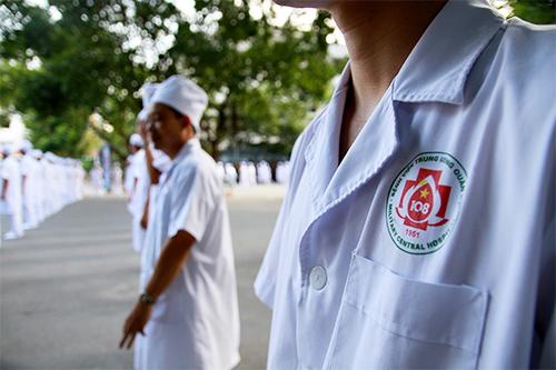 doc dao man huong dan rua tay sat khuan bang nhay flashmob - 9