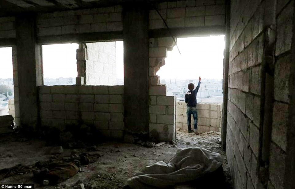 anh: cuoc song cua tre em giua vung chien su hoang tan syria - 3