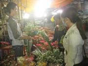 Tin tức - Chợ hoa đêm cho ngày 20/10 ở TP HCM