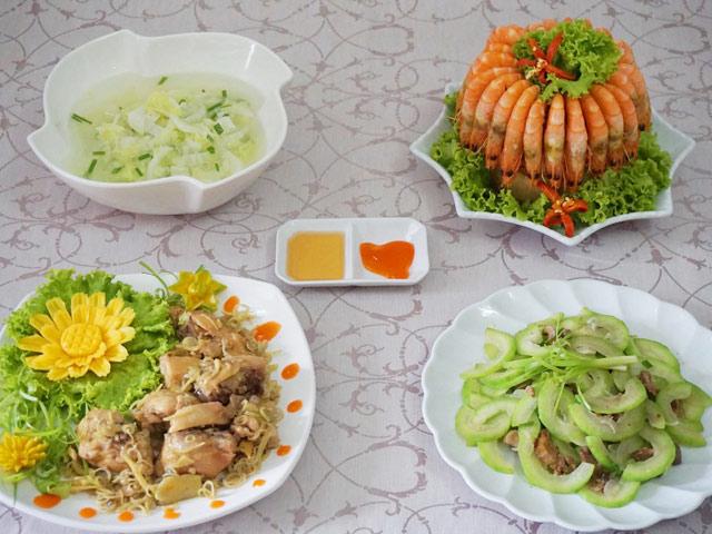 thuc don com chieu ngon mieng cho 4 nguoi - 1