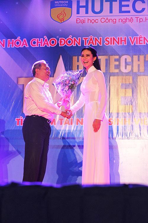 """quach an an kieu ky ben """"nguoi tinh tin don"""" vu tuan viet - 10"""