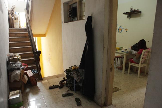 """Ảnh: Hành lang hoen bẩn ở nơi """"chui hầm đi nhờ thang máy""""-5"""