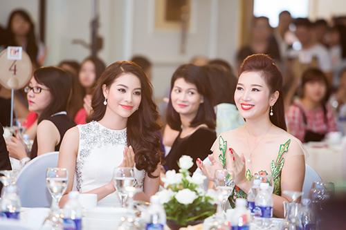 nhan sac pham huong ngam hoai khong chan mat - 14