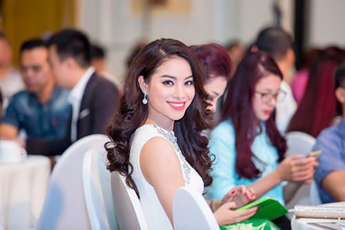 nhan sac pham huong ngam hoai khong chan mat - 15