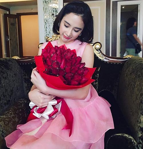 Tăng Thanh Hà, Angela Phương Trinh dẫn đầu trào lưu tóc bob-4