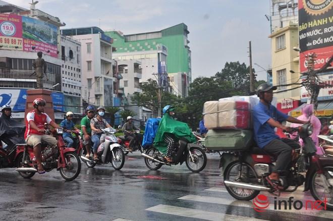 Xe mù vẫn tung hoành khắp đường phố Sài Gòn-14