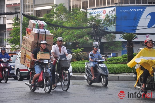 Xe mù vẫn tung hoành khắp đường phố Sài Gòn-6