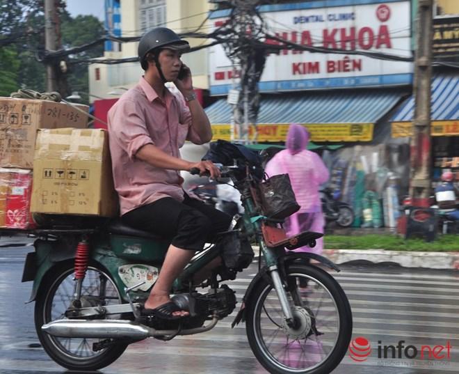 Xe mù vẫn tung hoành khắp đường phố Sài Gòn-7