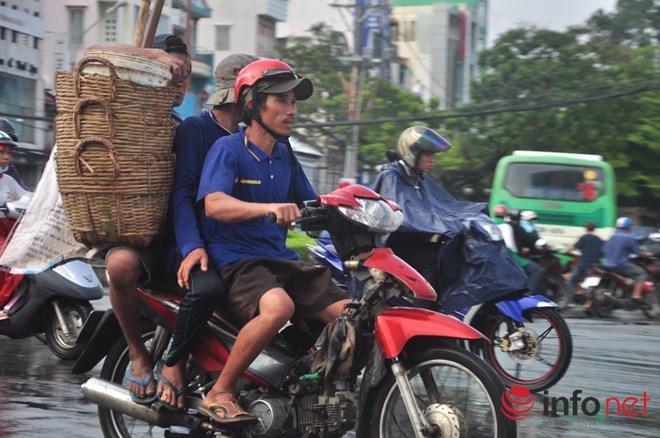 Xe mù vẫn tung hoành khắp đường phố Sài Gòn-8