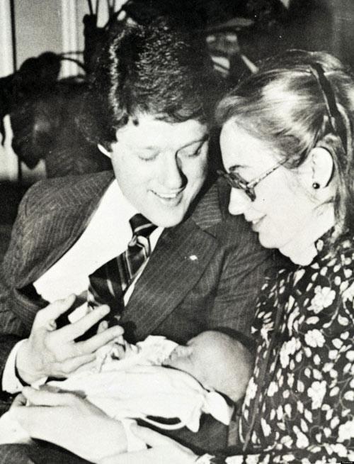 Tuổi thơ êm đêm và sự nghiệp của Hillary Clinton-12