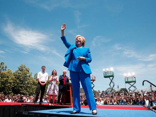Tuổi thơ êm đêm và sự nghiệp của Hillary Clinton-19