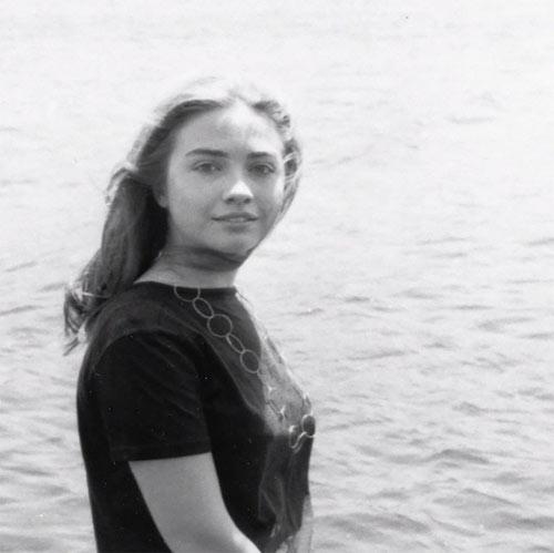 Tuổi thơ êm đêm và sự nghiệp của Hillary Clinton-7