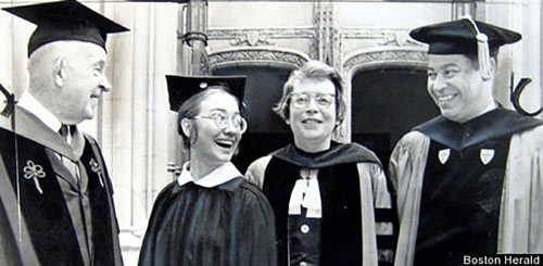 Tuổi thơ êm đêm và sự nghiệp của Hillary Clinton-8