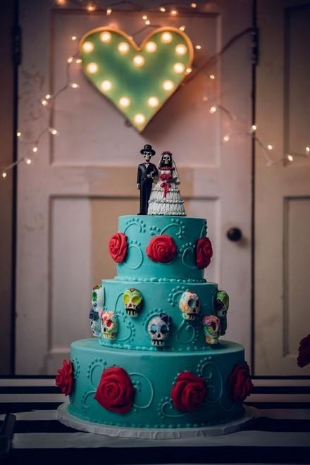Rùng rợn với những chiếc bánh cưới Halloween-5