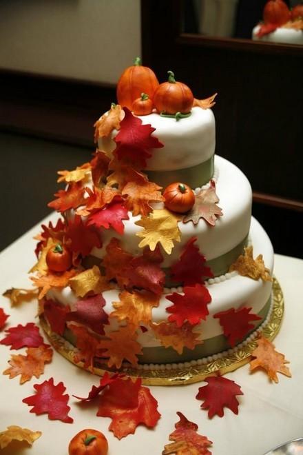Rùng rợn với những chiếc bánh cưới Halloween-11