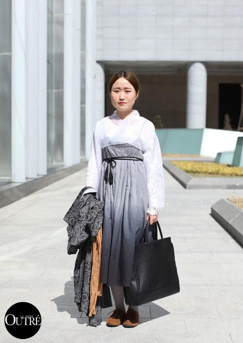 """""""giai ma"""" con sot hanbok duong pho cua gioi tre xu kim chi - 12"""