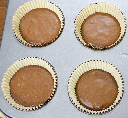 banh cupcake hinh doi cho halloween - 5