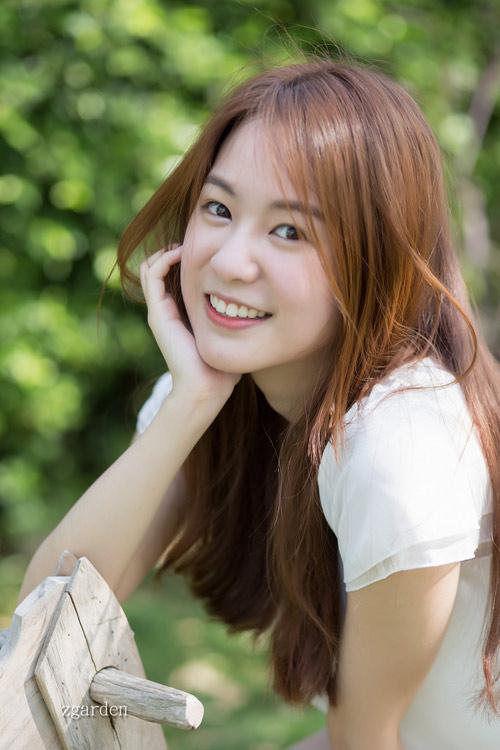 5 hot girl dep nhat thai lan va thoi trang toc dang hoc hoi - 15