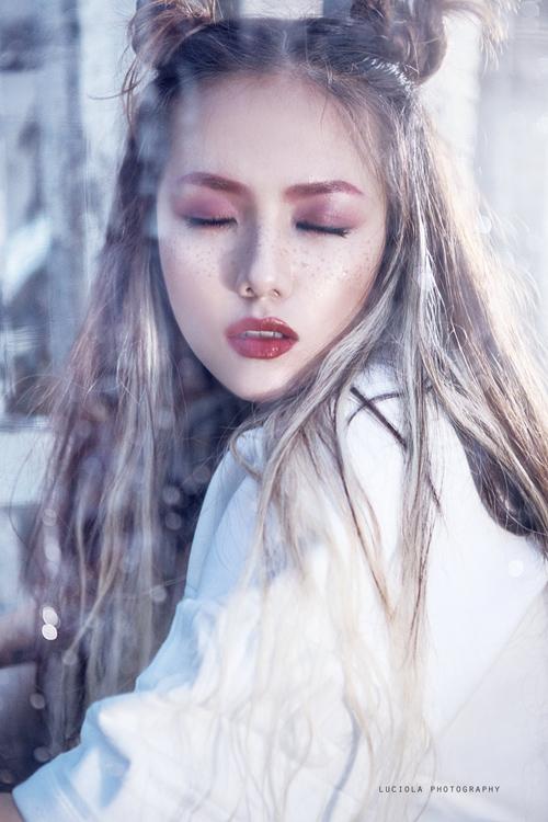 "em gai phuong linh hoa ""nu hoang bong toi"" - 1"