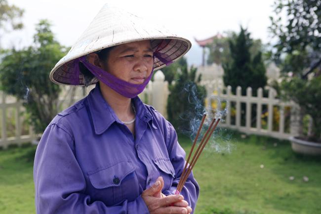 """bam"" mo nguoi chet muu sinh o lung chung doi - 10"