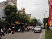 Tin tức - Dân vây kín hiện trường vụ 4 người chết ở Thanh Hóa