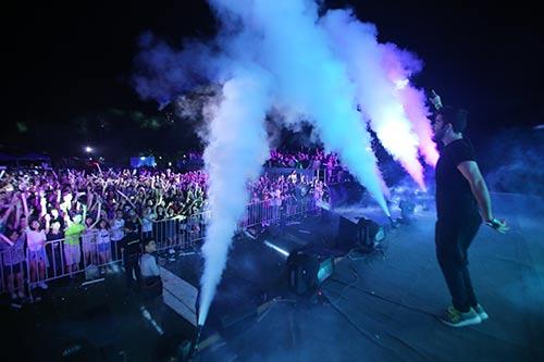 khan gia ha noi cuong nhiet voi the wave music festival - 6