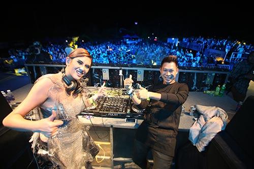 khan gia ha noi cuong nhiet voi the wave music festival - 4
