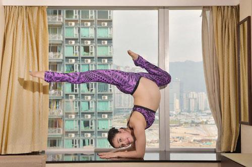 """choang"" voi bai tap yoga cua me bau 39 tuan - 2"