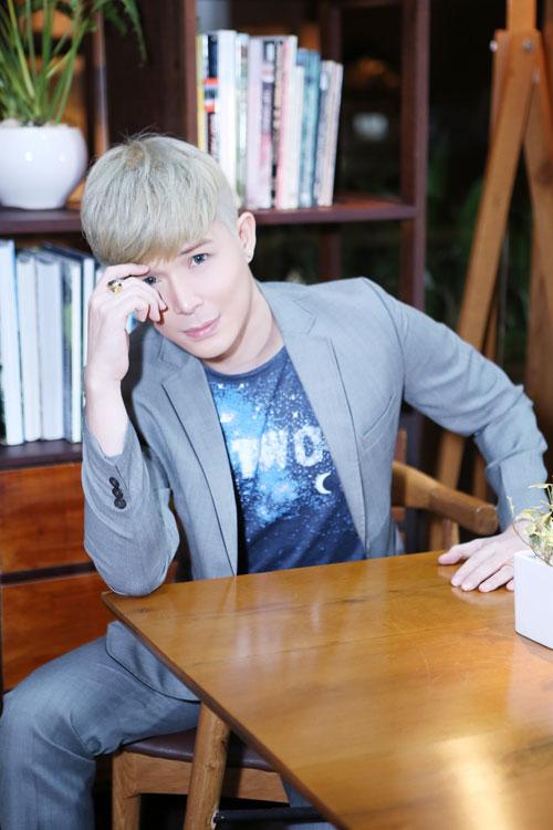 """nathan lee """"cua sung"""" voi toc bach kim - 3"""