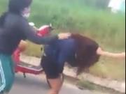 Pháp luật - Sốc với clip nữ sinh Đà Nẵng bị đánh dã man trên Facebook