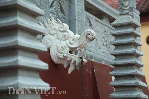 cong trinh lai cang sung sung tai chua huong hoa ra… khong phep - 3