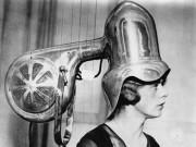 Tóc đẹp - Tròn mắt xem các dụng cụ làm đẹp tóc thời xưa
