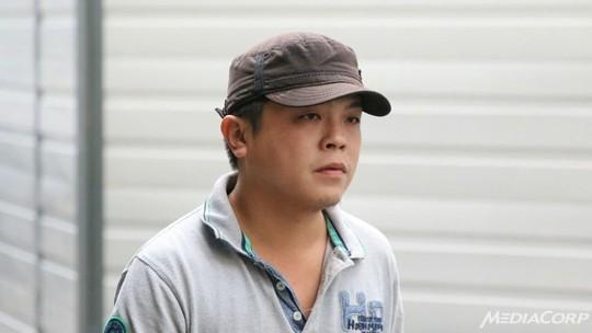 singapore: chu cua hang lua du khach viet nhan toi - 1