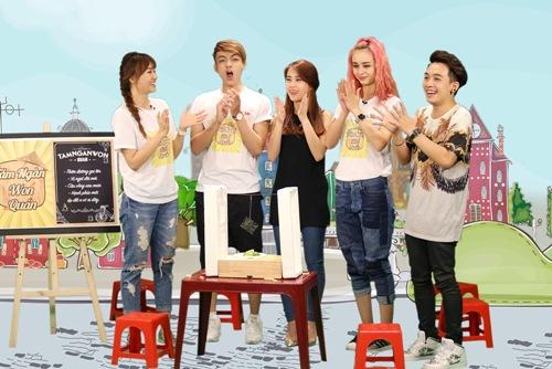 "hari won tho lo ve tinh dau ""ba dao"" nam 17 tuoi - 1"