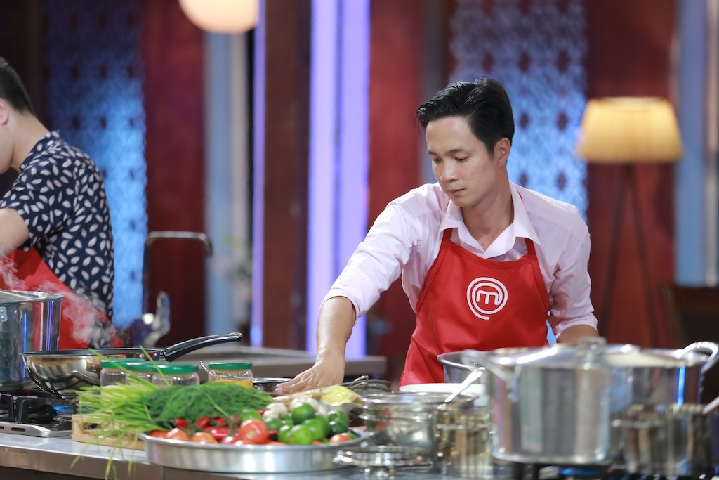 quoc cuong masterchef: ung ho quyet dinh cua pham tuyet - 7