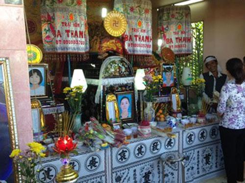 vu 3 me con chet o long an: co giao, ban be khoc thuong hai chau be - 1