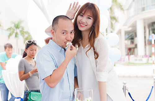 hari won, tien dat tinh cam dut cho nhau an tai su kien - 1