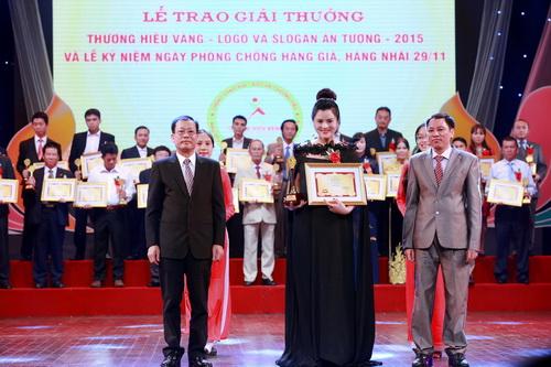 """vu thu phuong """"giau"""" bung bau 7 thang ben me - 3"""