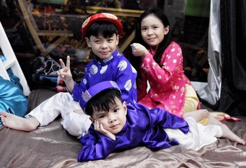 """8 ong bo showbiz viet vuong canh """"cha gia con mon"""" - 4"""
