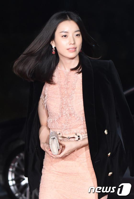 """phim cua jeon ji hyun """"len ngoi"""" tai giai rong xanh - 8"""
